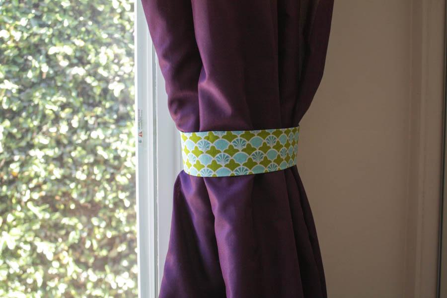 DIY Fabric Curtain Ties