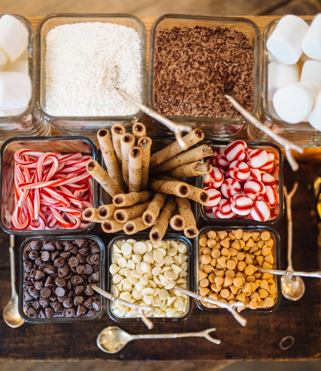 How to Create a Hot Chocolate Bar for Your Wedding